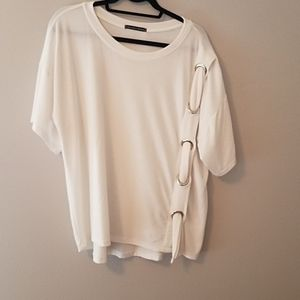 Oversized white tshirt with detail